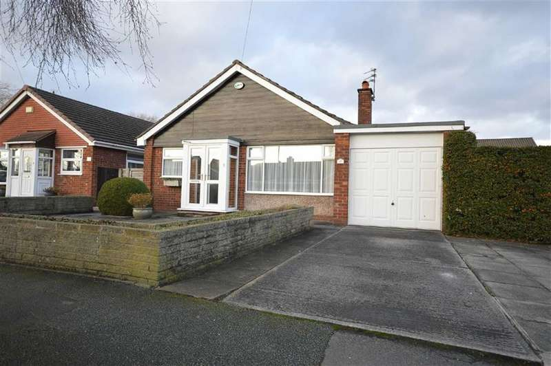 3 Bedrooms Property for sale in FOUNTAINS ROAD, Cheadle Hulme, Cheadle