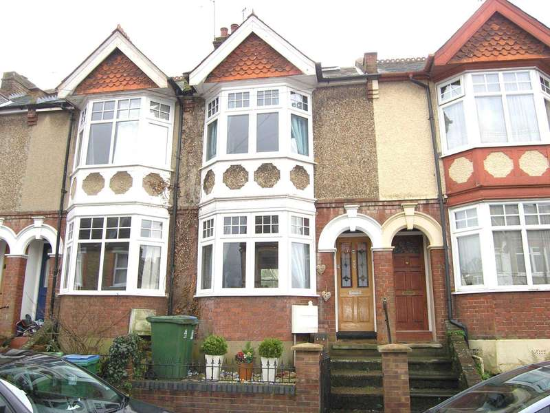 4 Bedrooms Terraced House for sale in King Edward Road, Oxhey Vilage