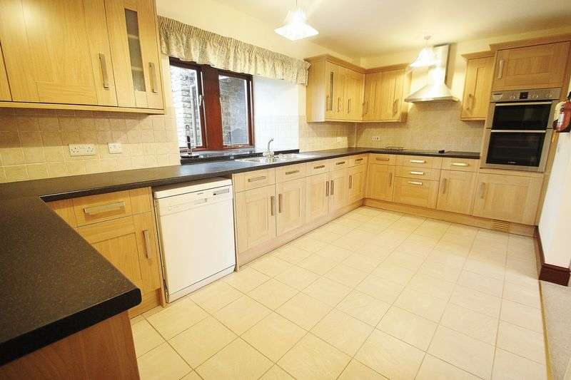 4 Bedrooms Semi Detached House for rent in Station Road, Portbury
