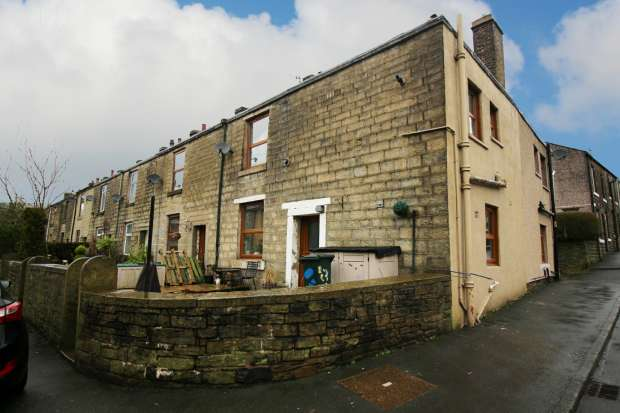 2 Bedrooms Property for sale in Hill Street, Rossendale, Lancashire, BB4 8NS