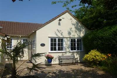 1 Bedroom Flat for rent in Farr Hall Drive, Lower Heswall