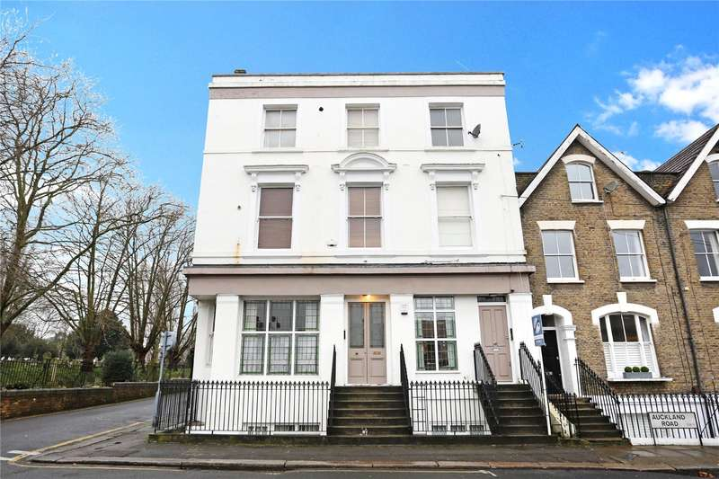 1 Bedroom Flat for sale in Auckland Road, Battersea, London, SW11