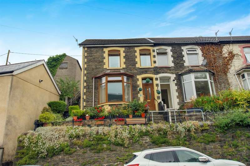 2 Bedrooms Terraced House for sale in Aberrhondda Road, Porth
