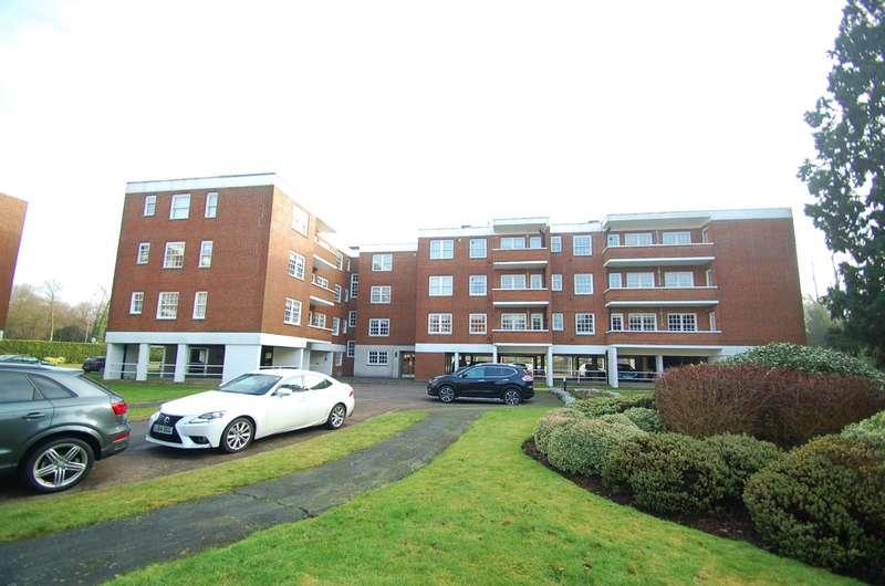 1 Bedroom Flat for sale in Bulstrode Court, Gerrards Cross, SL9