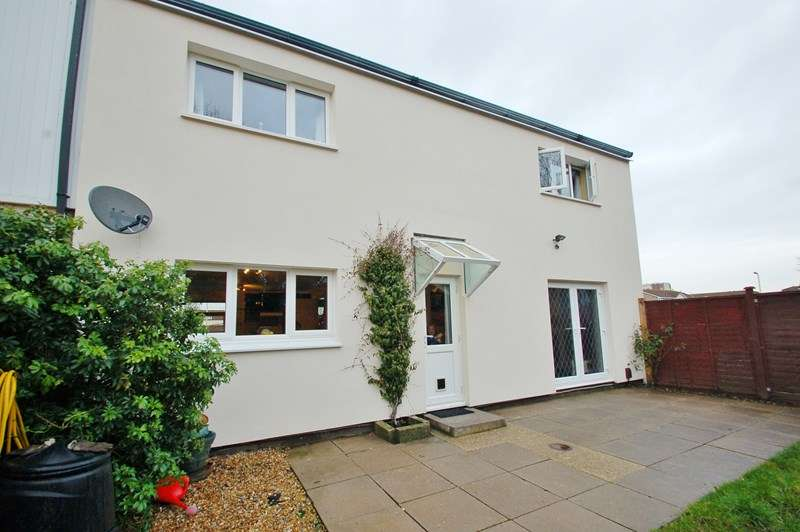 4 Bedrooms End Of Terrace House for sale in Davenport Close, Gosport