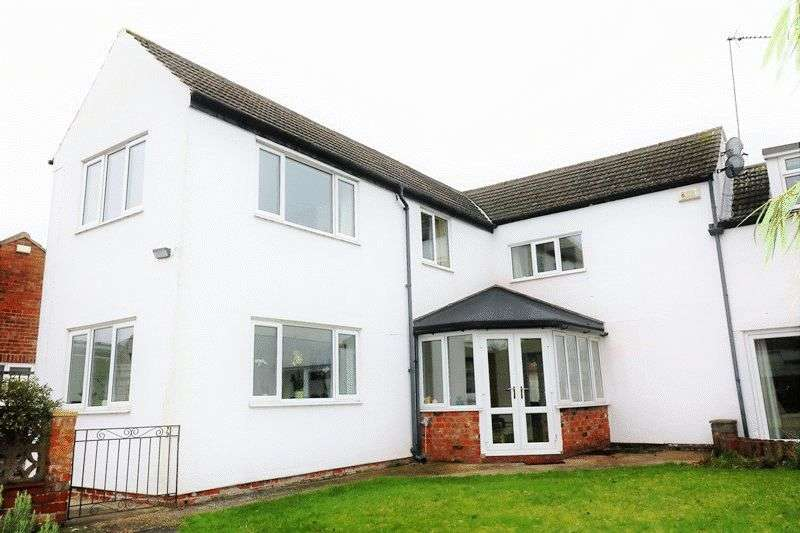 4 Bedrooms Detached House for sale in Pasture Road, Barton-Upon-Humber