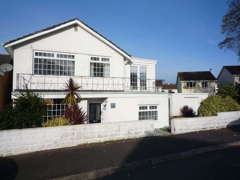 4 Bedrooms Detached House for sale in St. Brannocks Close, Barry