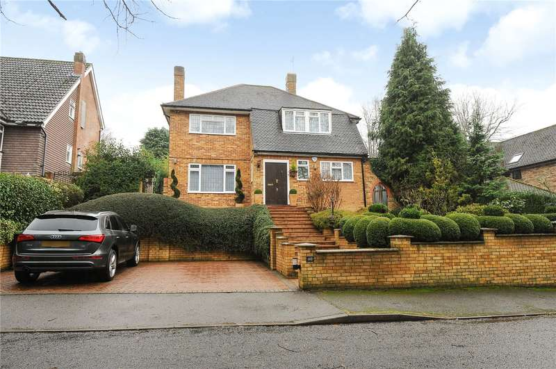 4 Bedrooms House for sale in Moor Lane, Rickmansworth, Hertfordshire, WD3