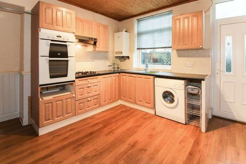 3 Bedrooms Terraced House for sale in Bradford Road, Bradford, West Yorkshire, BD14