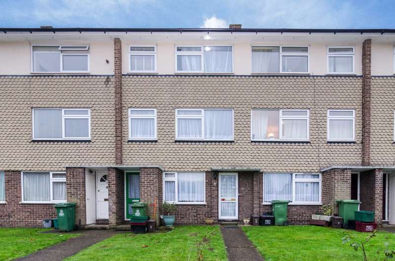 2 Bedrooms Flat for sale in Crescent Road, Sidcup, DA15 7HN