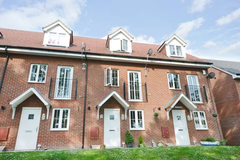 4 Bedrooms Town House for sale in East Cowes, Isle Of Wight
