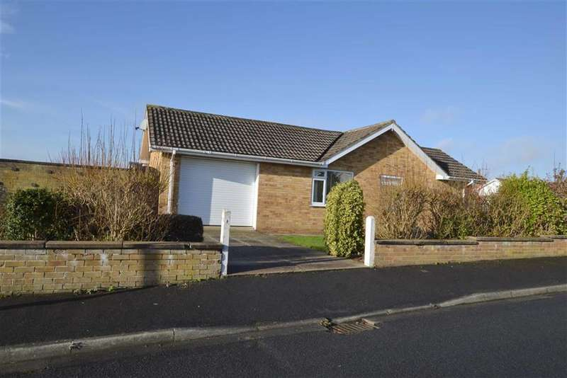3 Bedrooms Property for sale in Maple Road, Bridlington, East Yorkshire, YO16