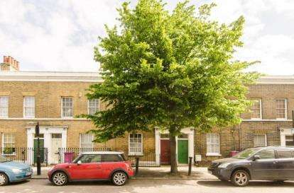 3 Bedrooms Terraced House for sale in Bow, London