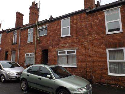 3 Bedrooms Terraced House for sale in Florence Street, Lincoln, Lincolnshire