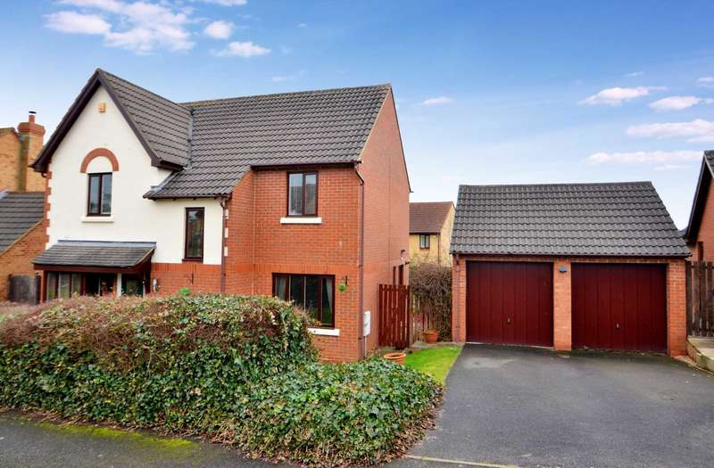 4 Bedrooms Detached House for sale in Eridge Green, Kents Hill