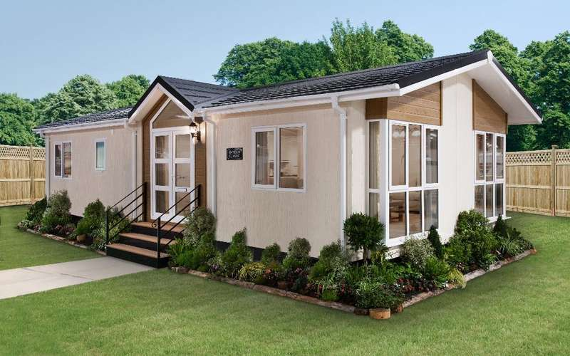 2 Bedrooms Park Home Mobile Home for sale in WP1070, Luton, Bedfordshire, LU1 4LP