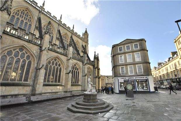 1 Bedroom Flat for sale in Abbey Churchyard, BATH, Somerset, BA1