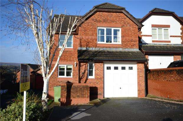 4 Bedrooms Detached House for sale in Southbrook Road, Bovey Tracey, Newton Abbot, Devon