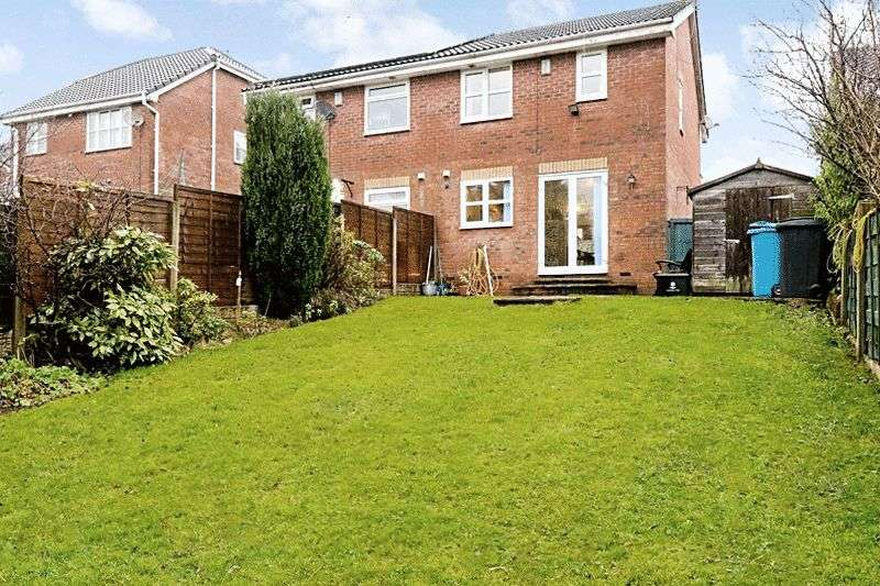 4 Bedrooms Semi Detached House for sale in Moorwood Drive, Oldham, OL8 2XD