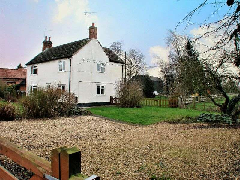 3 Bedrooms Detached House for sale in Main Road, Shelford