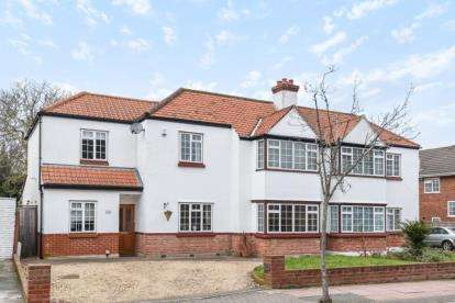 4 Bedrooms Semi Detached House for sale in The Grove, West Wickham