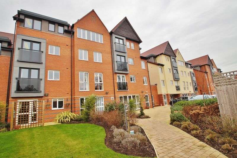 1 Bedroom Flat for sale in 19-23 Cambridge Road, Southport