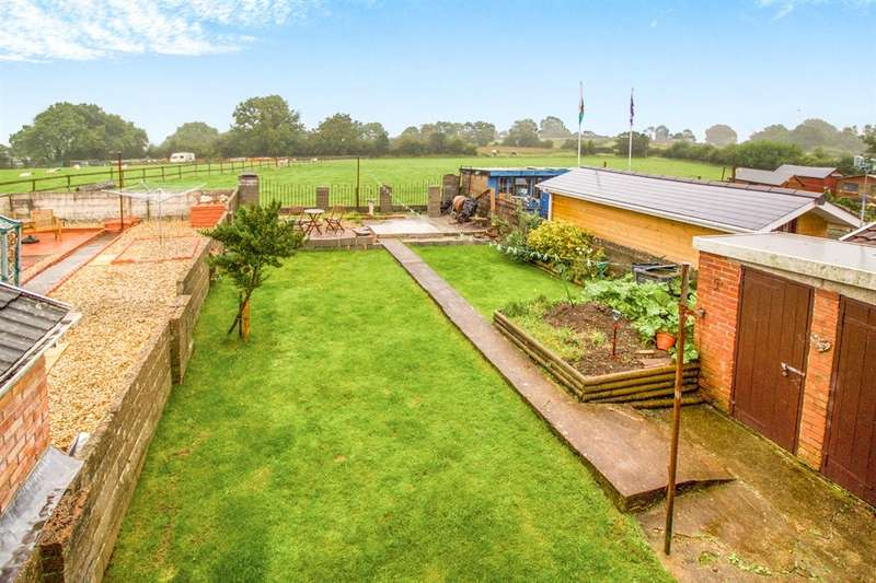 3 Bedrooms End Of Terrace House for sale in Brynawel, Bettws, BRIDGEND