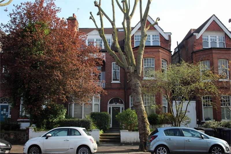 2 Bedrooms Flat for sale in Queens Avenue, Muswell Hill, London