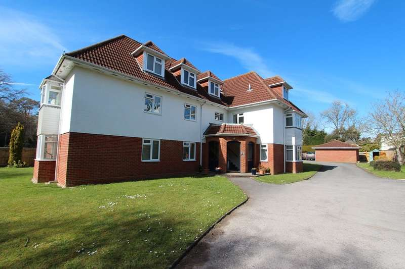 2 Bedrooms Ground Flat for sale in CHEWTON FARM ESTATE