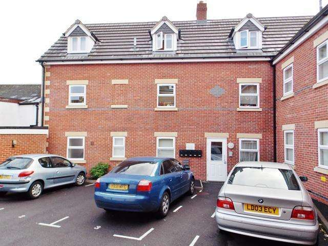 1 Bedroom Apartment Flat for sale in Vicarage View, Little London Court, Swindon, Wiltshire, SN1 3FL