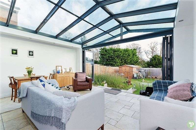 4 Bedrooms Detached House for sale in Mulberry Drive, Oxford