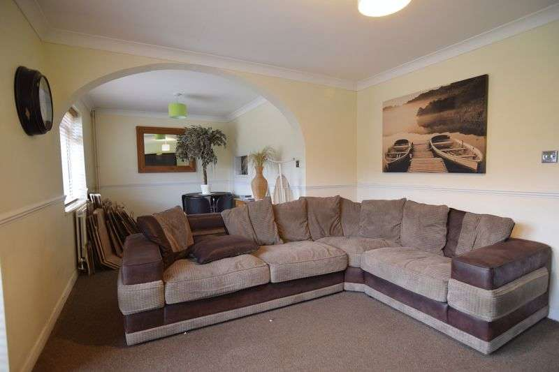 4 Bedrooms Detached House for rent in Coldean Lane, Brighton