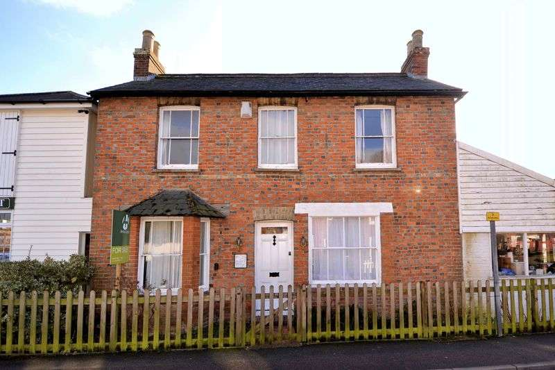 3 Bedrooms House for sale in Hamstreet