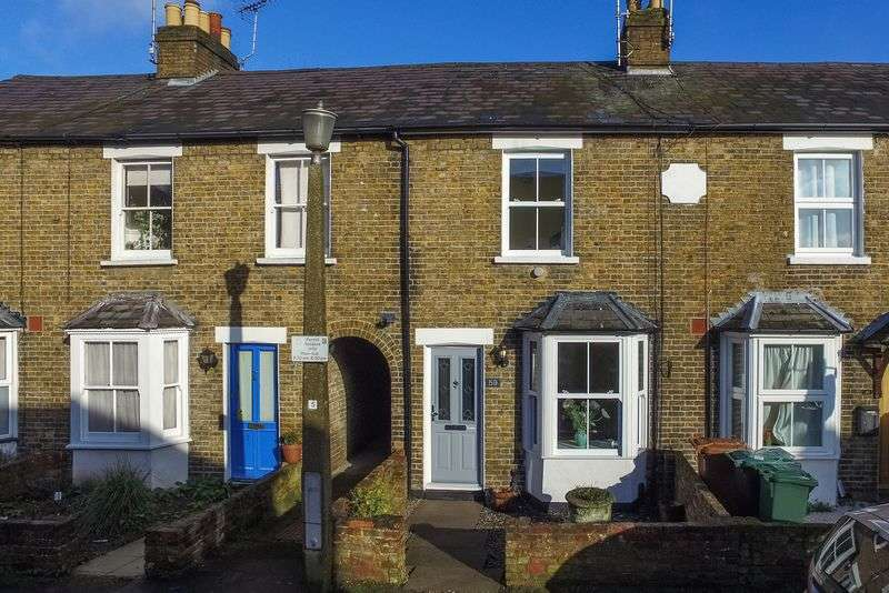 2 Bedrooms Terraced House for sale in Norfolk Road, Rickmansworth, WD3 1JY