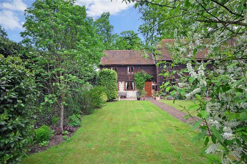 2 Bedrooms Barn Conversion Character Property for sale in Blacklands Barn, East Malling, West Malling, Kent