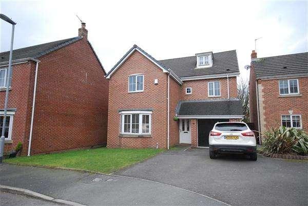 5 Bedrooms Detached House for sale in Biggin Garden, Heywood