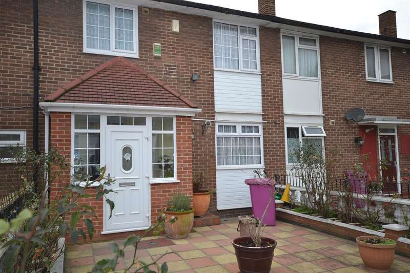 3 Bedrooms Terraced House for sale in Susannah Street, Poplar, London
