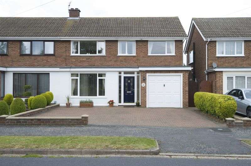 3 Bedrooms Semi Detached House for sale in Eaton Socon, St Neots
