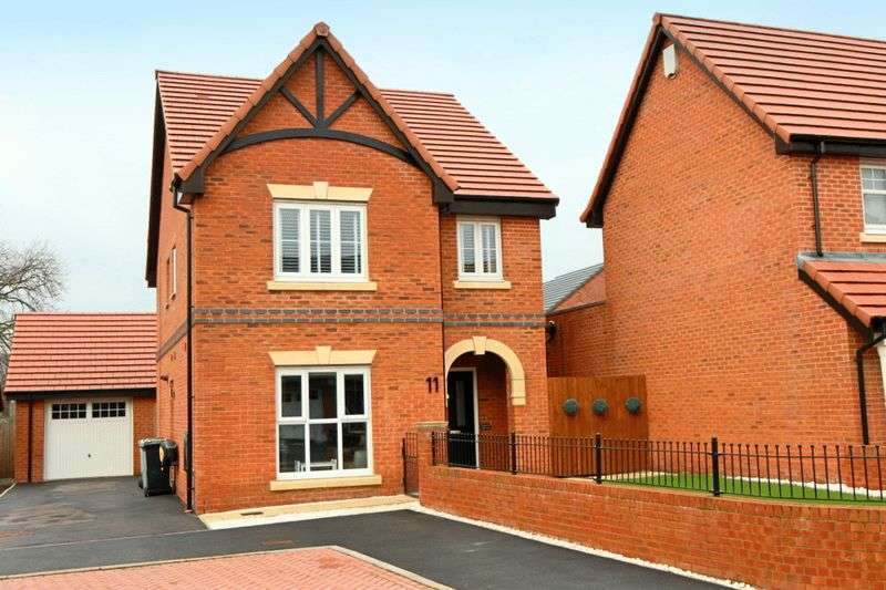 4 Bedrooms Detached House for sale in Russ Close, Scholar Green