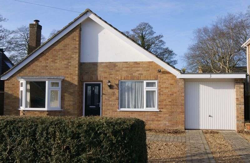 3 Bedrooms Detached Bungalow for sale in Arnhem Drive, Caythorpe