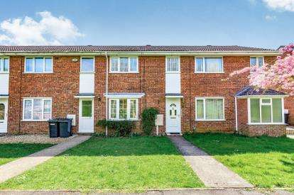 3 Bedrooms Terraced House for sale in Crawley Avenue, Wellingborough, Northamptonshire, England