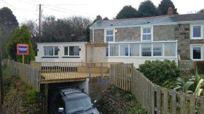 3 Bedrooms Semi Detached House for sale in Brea, Camborne, Cornwall