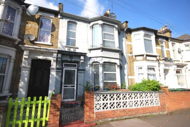 3 Bedrooms House for sale in Warren Road, Leyton
