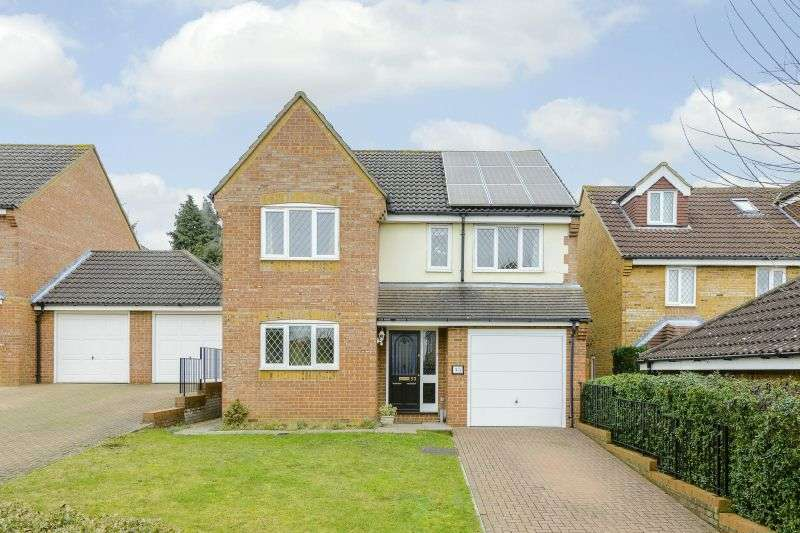4 Bedrooms Detached House for sale in Thellusson Way, Rickmansworth, Hertfordshire, WD3