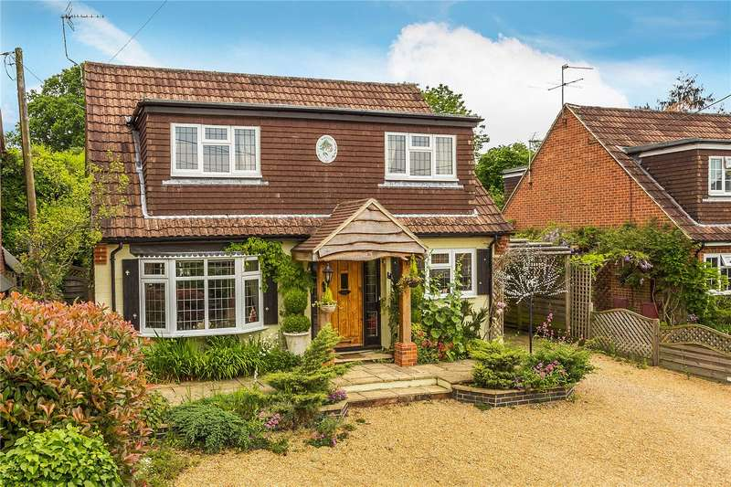 4 Bedrooms Detached House for sale in Mill Lane, Lindford, Hampshire, GU35