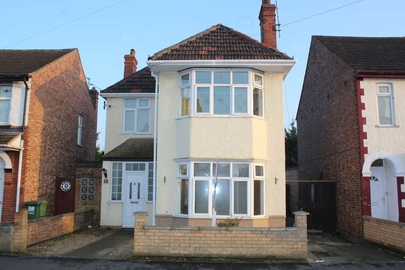 3 Bedrooms Detached House for sale in Northfield Road, Peterborough