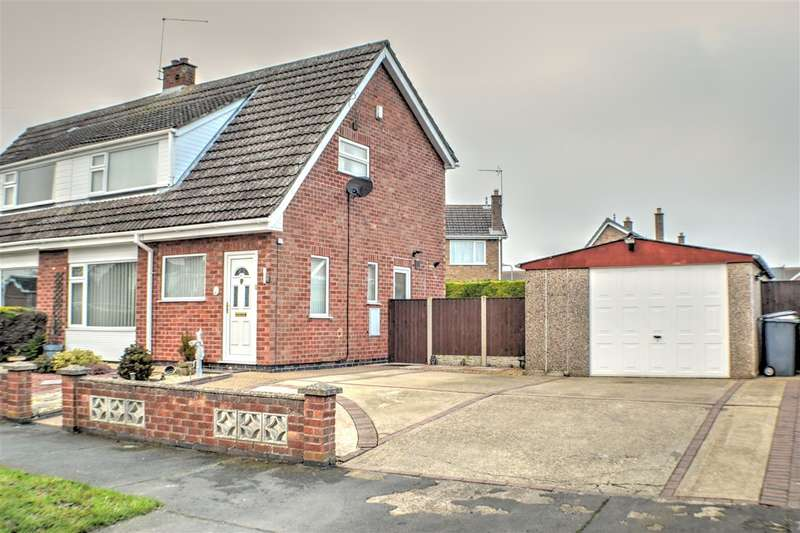 3 Bedrooms Semi Detached House for sale in St Denys Avenue, Sleaford