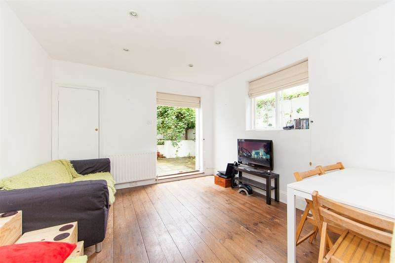 2 Bedrooms Flat for sale in Fabian Road, Fulham Broadway, Fulham, London, SW6