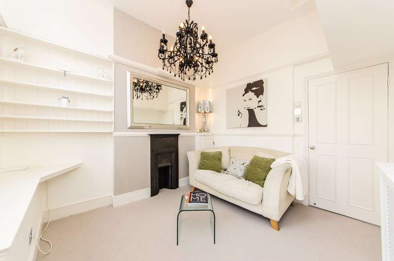 1 Bedroom Flat for sale in Tasso Road, Barons Court, Fulham, London, W6