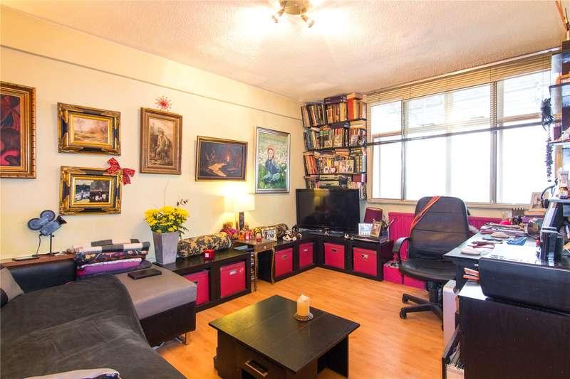 1 Bedroom Flat for sale in Romney Court, Shepherds Bush Green, Shepherds Bush, W12